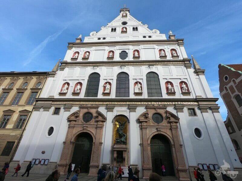 iglesia san miguel munich