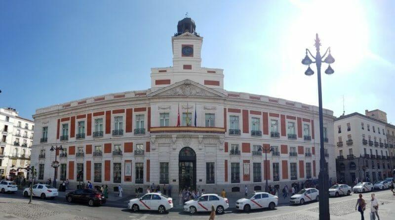 reloj plaza sol