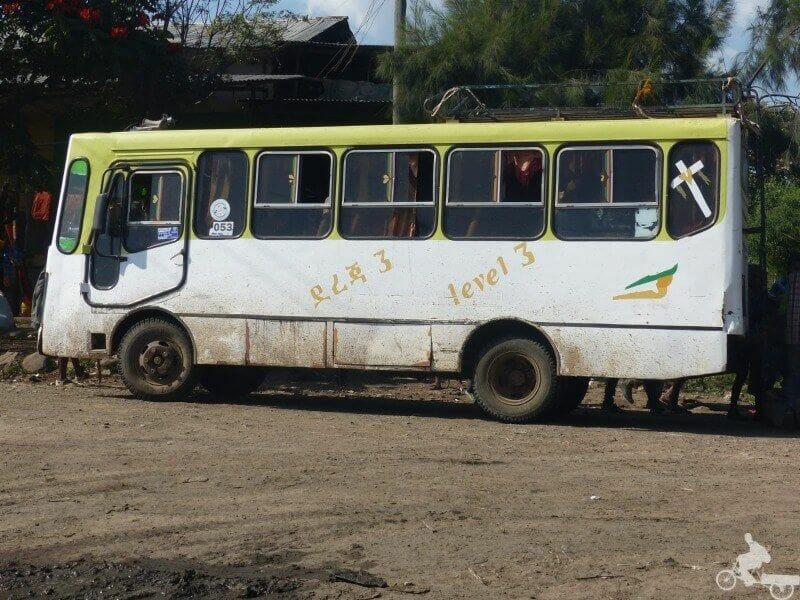 transporte en bus por etiopía