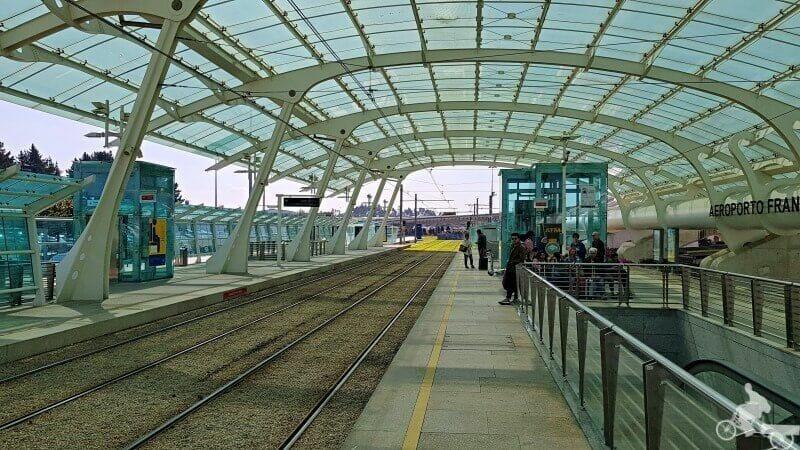 metro oporto aeropuerto