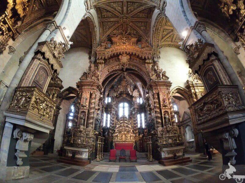 altar iglesia san francisco de oporto