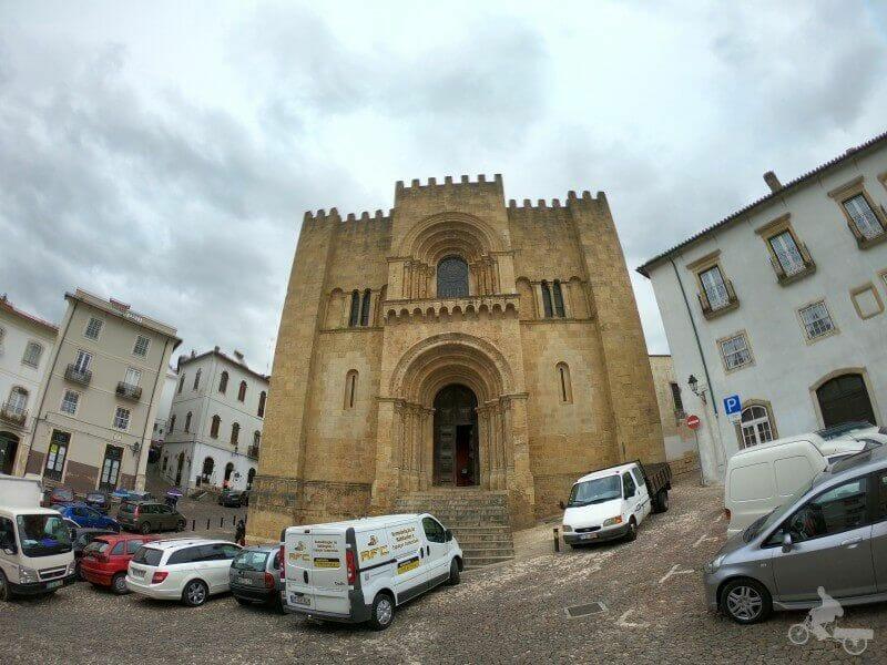 fachada principal catedral de coimbra