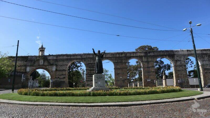 plaza homenaje al Papa Juan Pablo II de coimbra