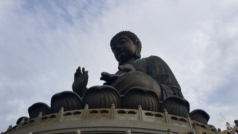 estatua buda gigante
