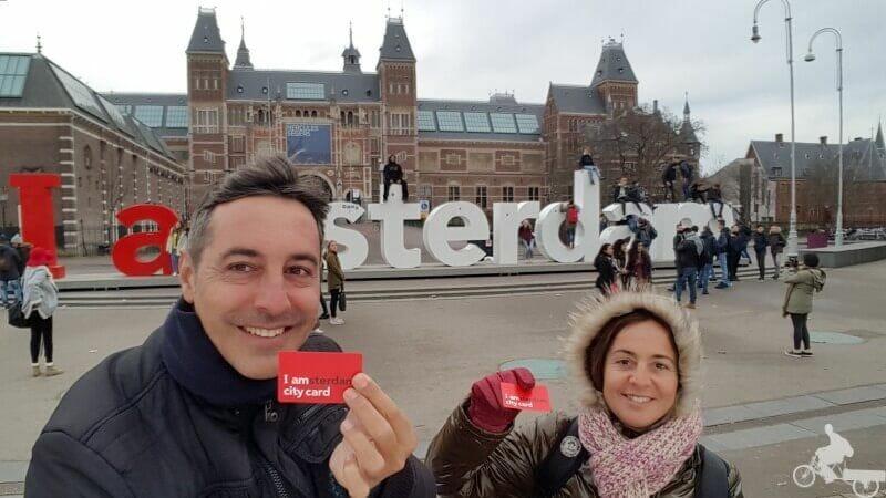 la tarjeta i amsterdam city card tiene descuentos en más de 60 museos y atracciones de la capital de Holanda