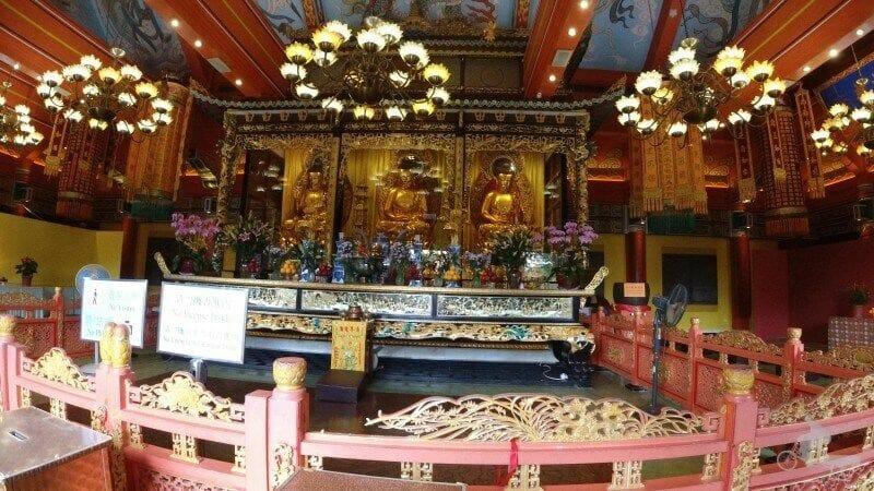 interior monasterio po lin - isla Lantau