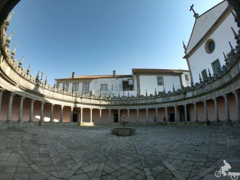 patio monasterio serra de pilar gaia