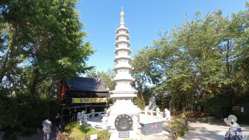 pagoda 9 niveles templo haedong yonggungsa