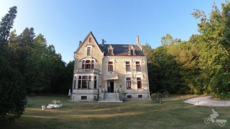 chateau La Thuiliere - fachada