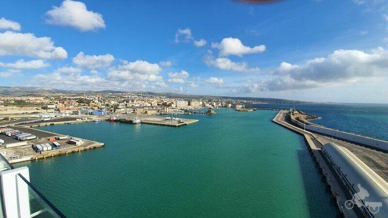 puerto de Civitavecchia desde el crucero