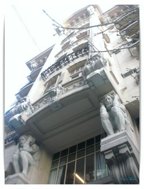 Av. Rivadavia Los Atlantes - barrio montserrat buenos aires