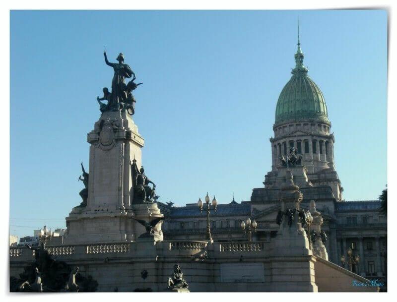 plaza congreso montserrat buenos aires