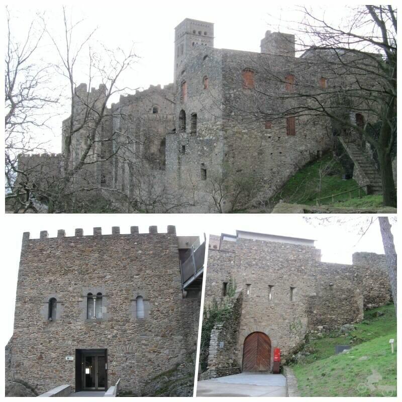 entrada monasterio de rodes