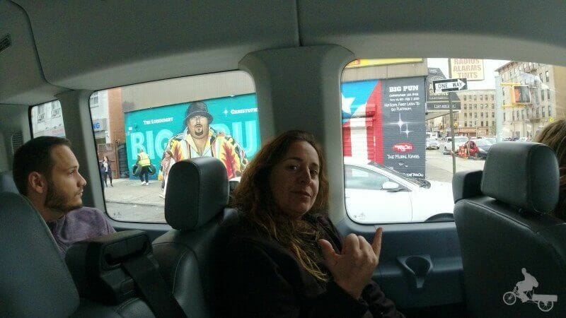 interior furgoneta tour contrastes