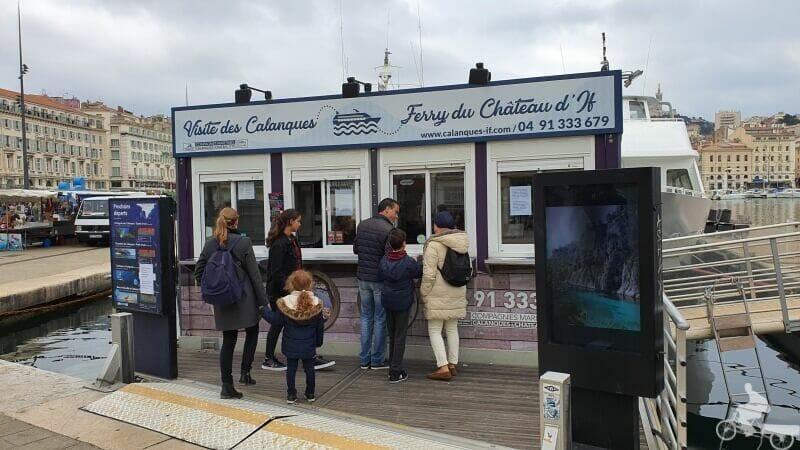 ferry excursion isla de IF - que ver y hacer en Marsella en una escala de crucero
