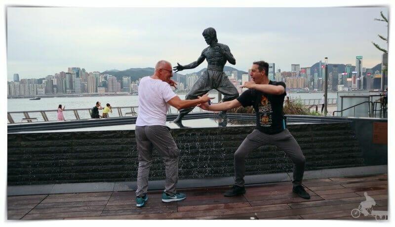 Bruce lee estatua en hong kong