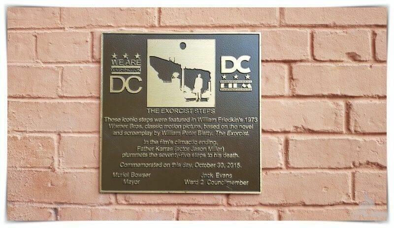 placa sitio historico washington escaleras exorcista