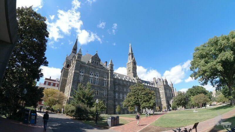 fachada de la Universidad de Georgetown