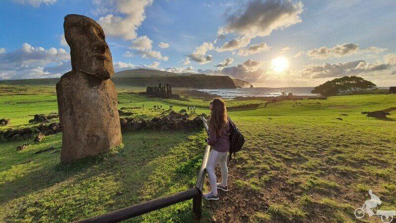 amanecer moai viajero