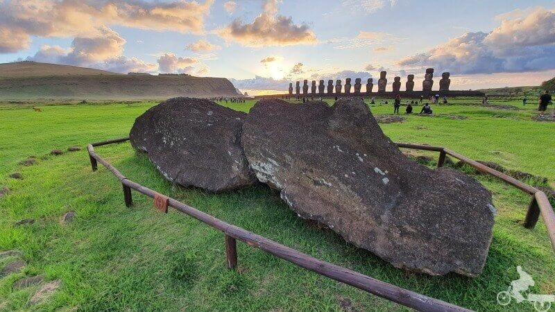 moai tumbado tongariki