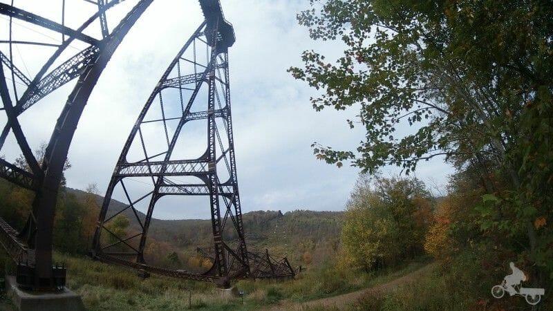 puente en ruina