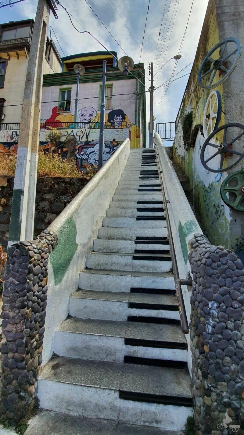 escaleras piano de Valparaíso