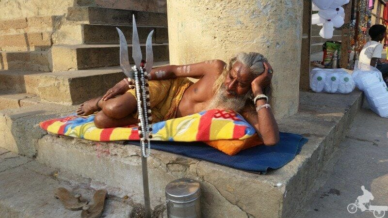 hombre santo de la india