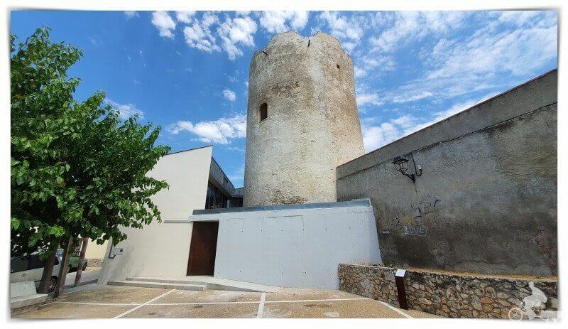 Torre de Moja en el municipio de Olérdola