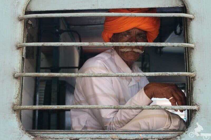 tren delhi rajasthan