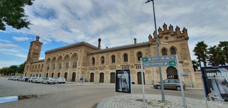 alojarse en Toledo zona del AVE