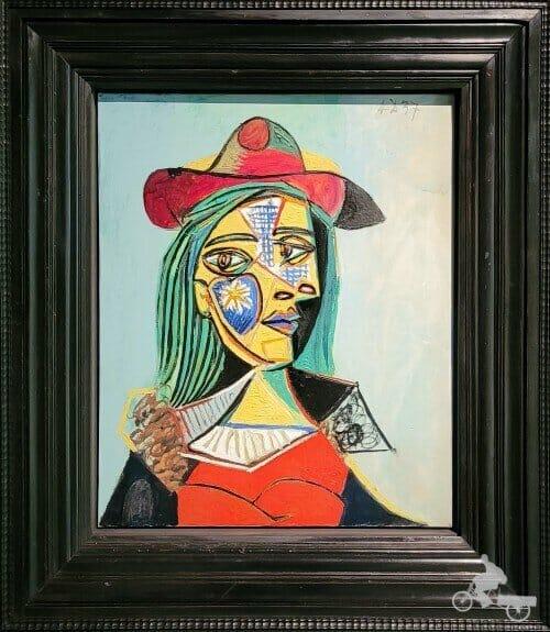 Mujer con sombrero y cuello de piel (Marie-Thérèse Walter)