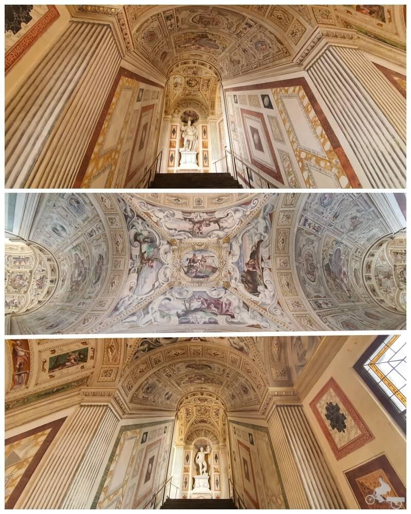 escalera palacio Álvaro Bazan