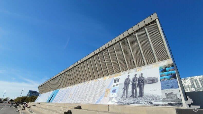 Parapeto de los ejecutados en Barcelona - parc fòrum