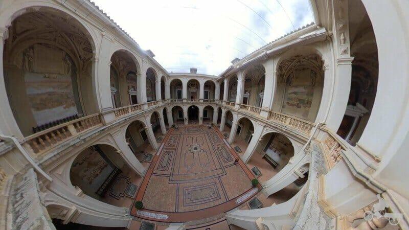 patio de Armas del palacio de Álvaro Bazán