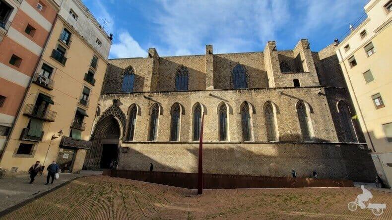 plaza del Fossar de les Moreres