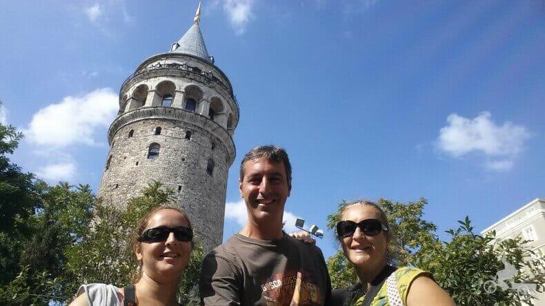 Mi baúl de blogs en la torre de Gálata