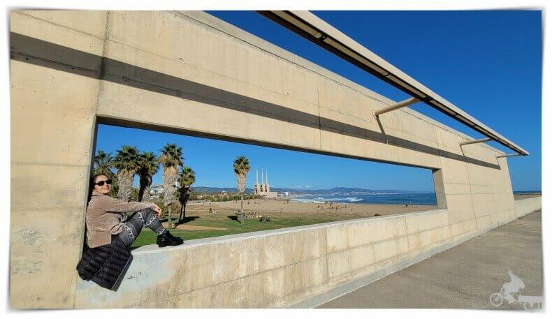 ventana del frente marítimo de Barcelona