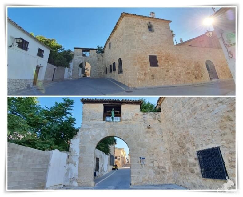 puerta Almudí - qué ver en Belmonte