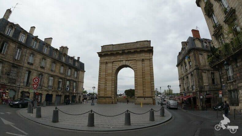 puerta de la Borgoña