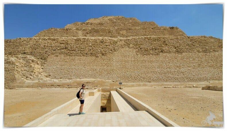 entrada sur de la piramide de Saqqara