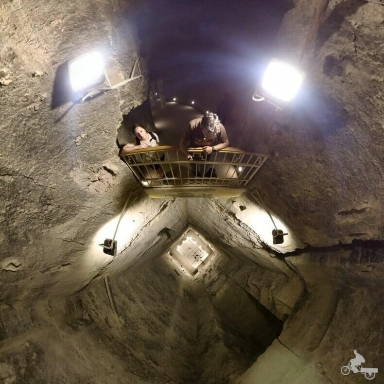 pozo interior pirámide escalonada de zoser