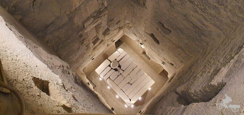 Sarcófago faraón Zoser - Interior de la pirámide escalonada