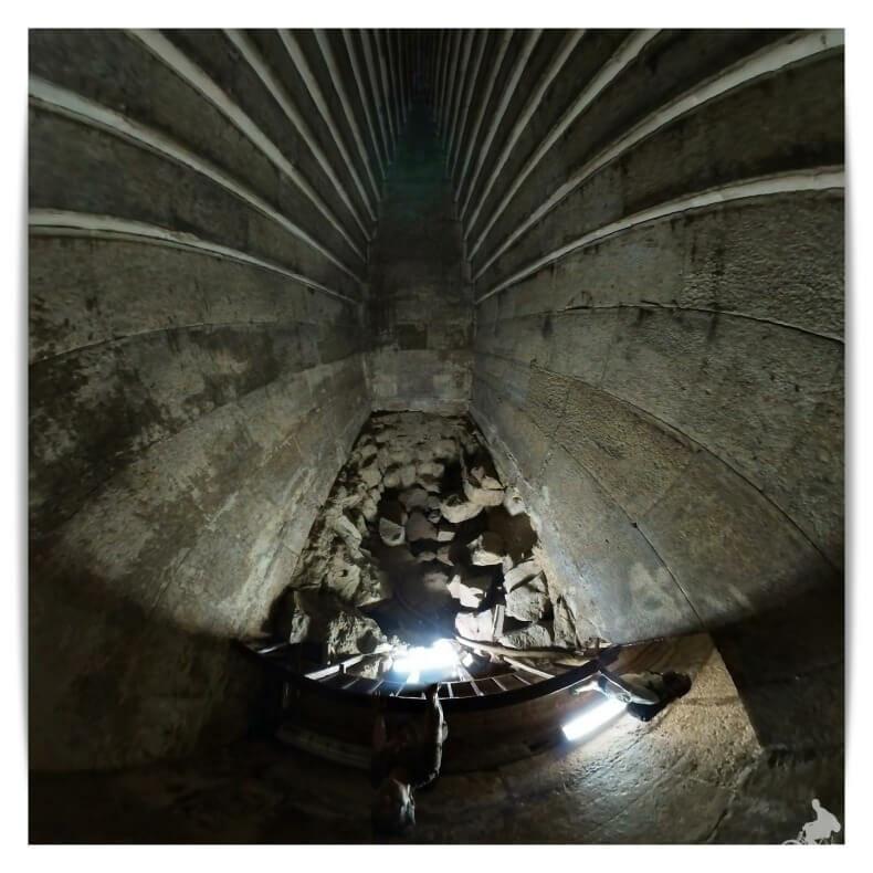 cámara funeraria del interior de la Pirámide Roja