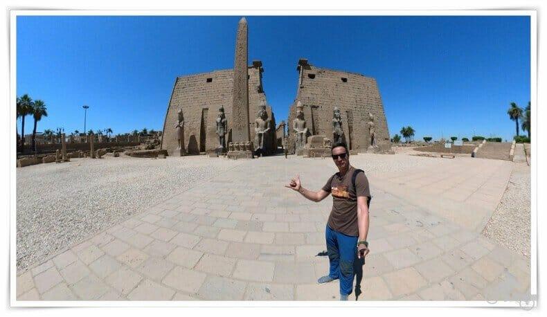 entrada del templo de Luxor