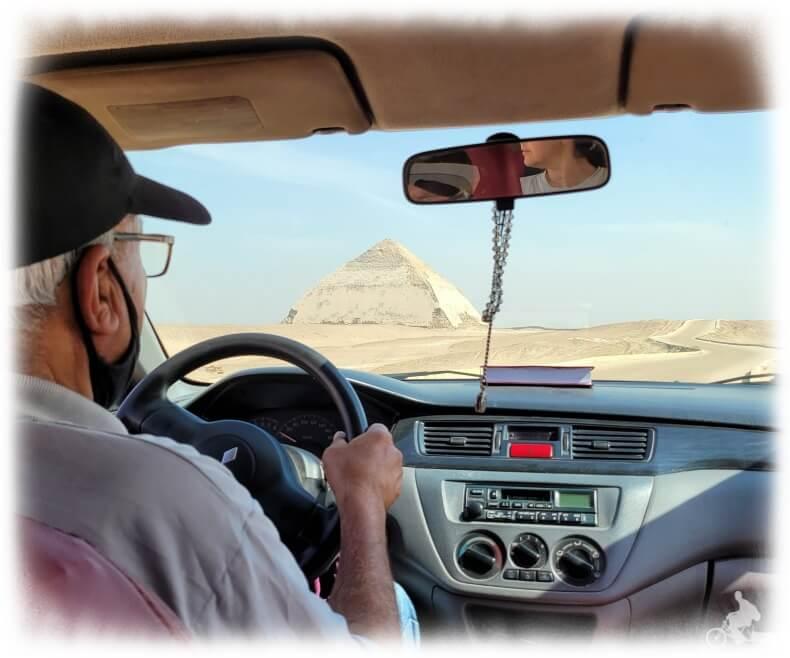 taxi a la Pirámide Roja